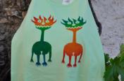 Mahcabra-camiseta-mujer-verde-marcianicos-stancil